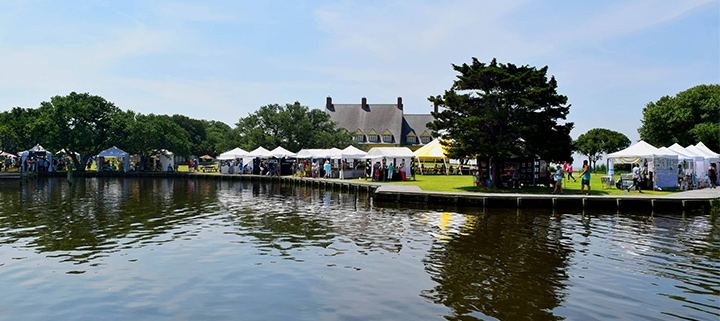 Outer Banks events - Under the Oaks Art Festival - Whalehead