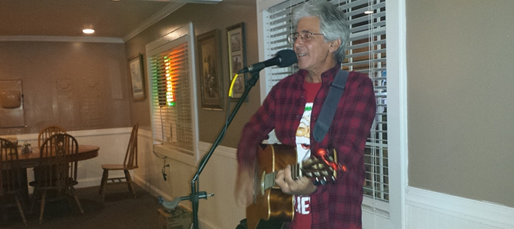 Outer Banks live music - Steve Hauser - BJs Carolina Cafe